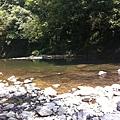 清涼滴溪水