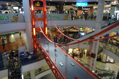 林立時髦流行的各式購物百貨商場,讓泰國成為購物天堂。