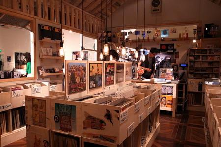 10 days record store-02.jpg