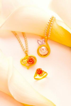 公關照3_永不凋謝的波麗玫瑰 屬於母親的黃金獻禮-1.jpg