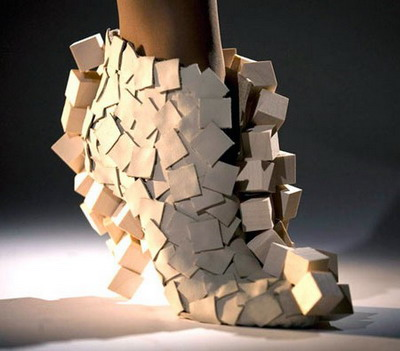 12-unique-and-creative-shoes-7.jpg
