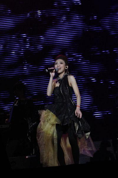 戴佩妮出道十年首度回馬開唱-2.JPG