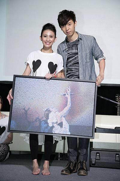 方炯鑌在戴佩妮live concert記者會上笑稱喜歡一哥