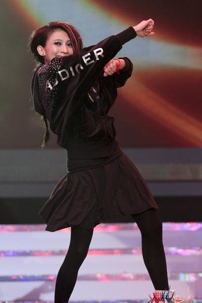 2010娛協獎戴佩妮熱舞演出