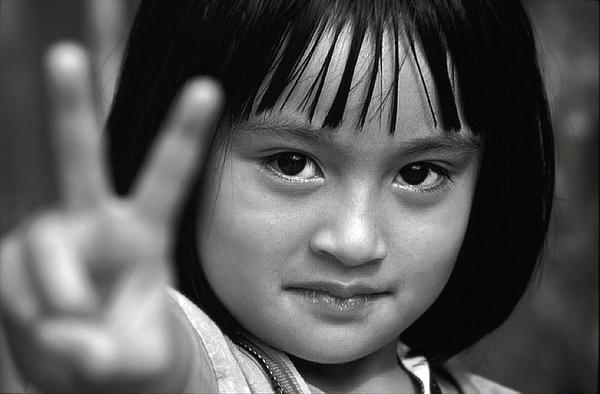 世界的語言,V 微笑 孩子的純真