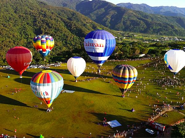 102年熱氣球嘉年華01