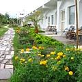 98年客房前花圃