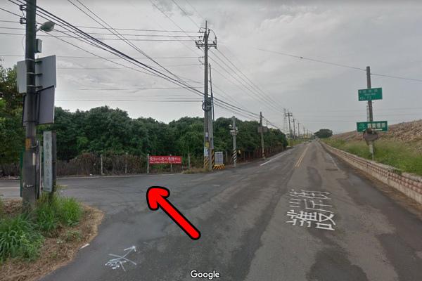 羅布森書蟲房溪岸路2(600x400)2.jpg