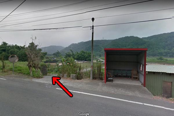 三義百年土地公廟入口(600x400)2.jpg