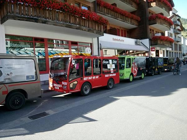 93搭火車前往策馬特+策馬特街景照_170904_0032.jpg