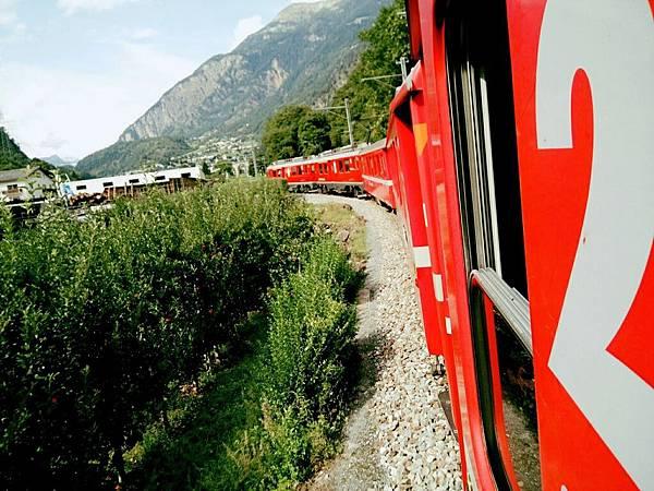 伯連那列車沿途風景_170907_0153.JPG
