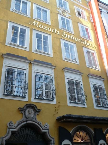 Mozart Gedenkstatte.JPG