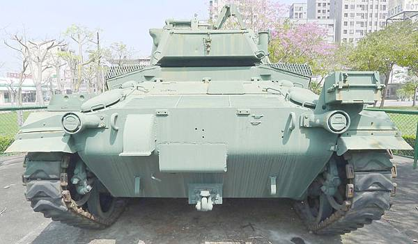 M24霞飛坦克(Chaffee) (4)