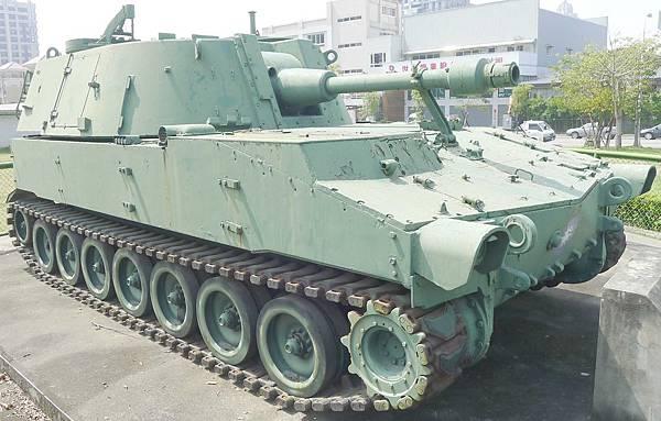 M108自走砲車 (8)