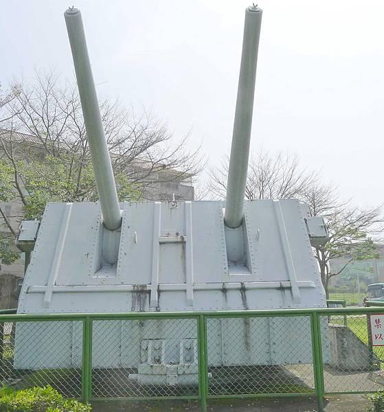 開陽艦5吋38倍雙管艦砲 (1)