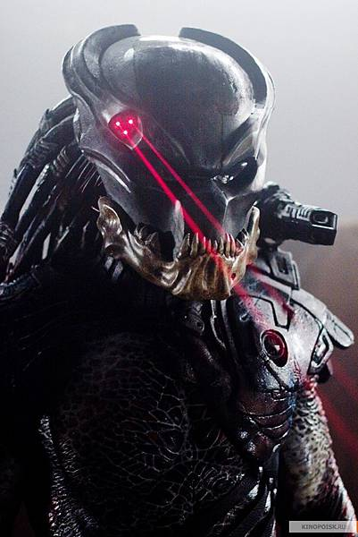 Predator-predators-2010-movie-14721611-800-1200