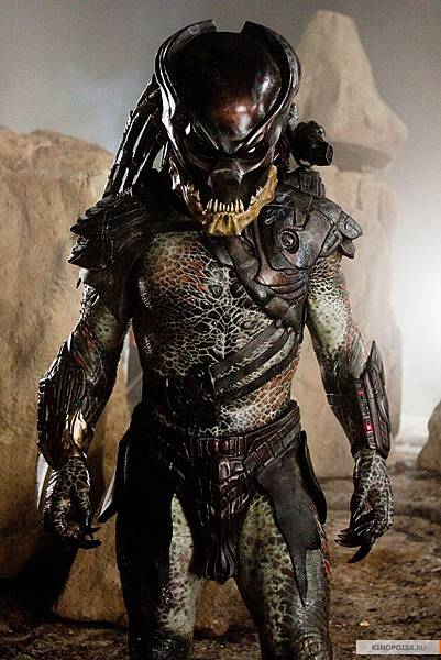 Predator-predators-2010-movie-14721631-800-1200