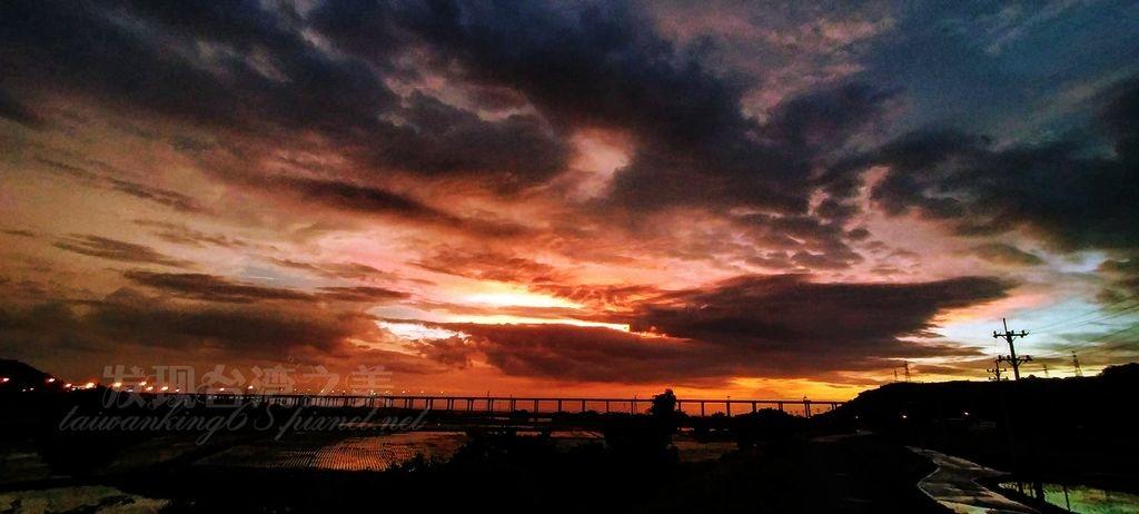 20200802哈格比颱風來襲前夕的夕陽