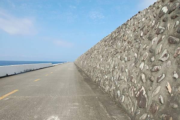20110604靠近蘭嶼貯存場的路