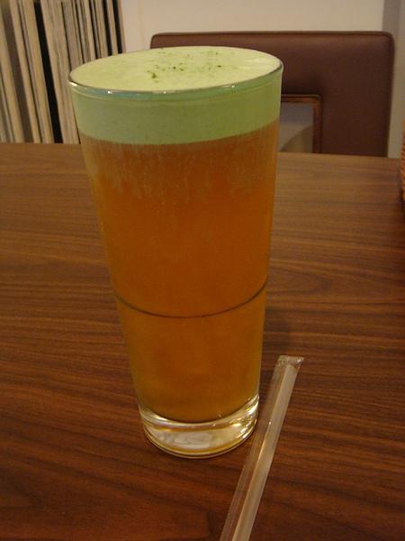 20110220肉燥飯店(文化中心店)色色的綠茶