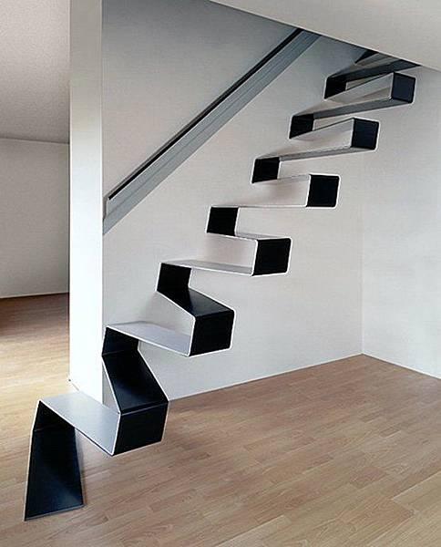 漂浮樓梯.jpg