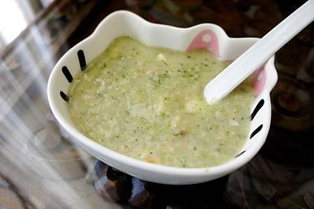 青花椰馬鈴薯飯泥佐起司洋菇肉醬汁7