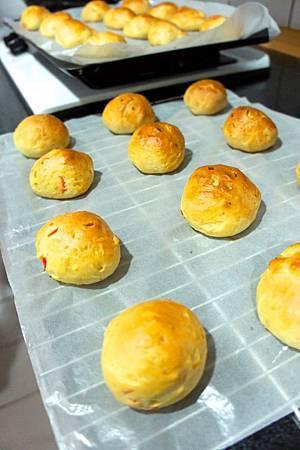 手製蘋果葫蘿蔔麵包 8