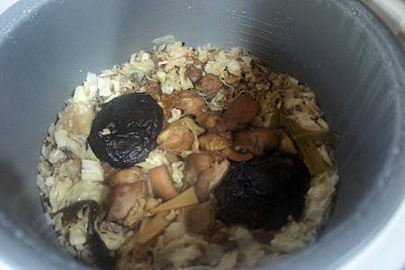 北菇蒸雞 4