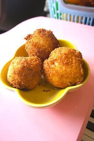 酥脆鮪魚飯糰 3
