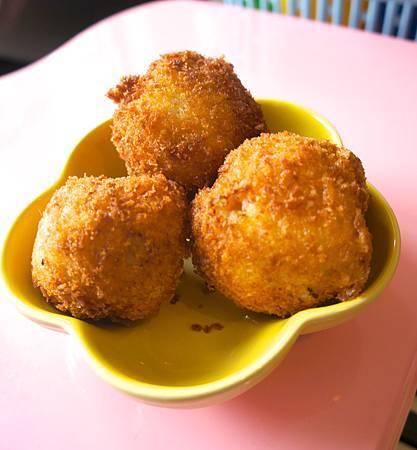 酥脆飯丸子 2