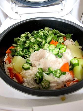 秋葵馬鈴薯燉飯 5