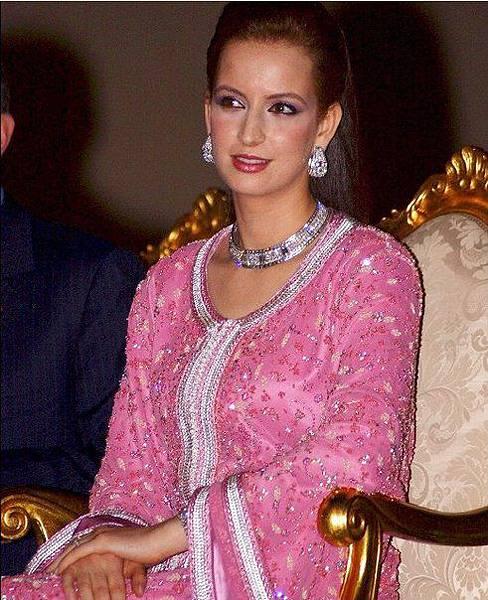 摩洛哥王妃永遠都珠光寶氣