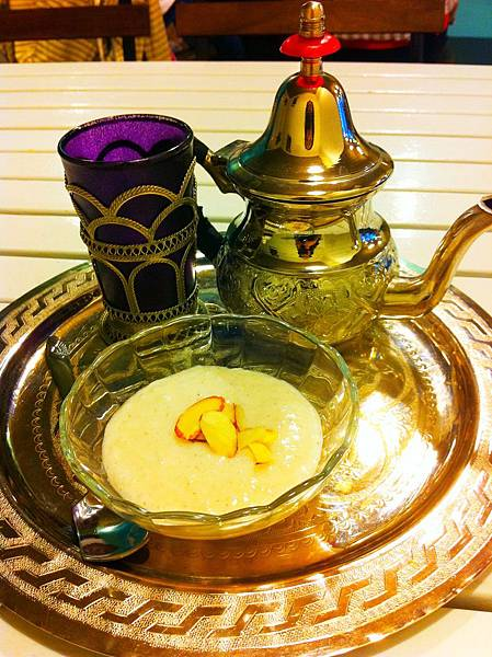 摩洛哥薄荷茶和米布丁