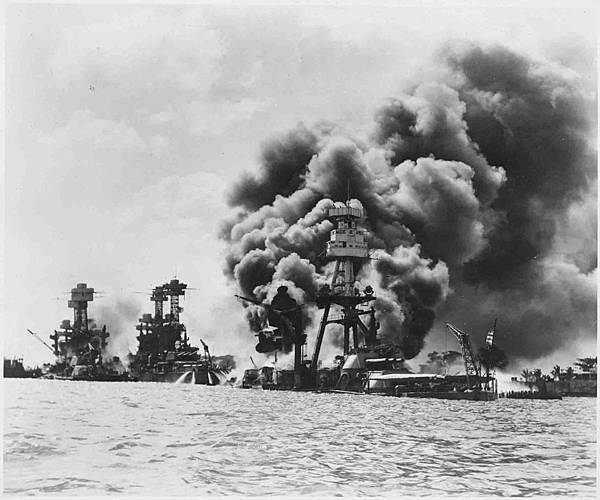 Aftermath_of_a_Japanese_sneak_attack_on_these_three_stricken_U.S._battleships,_from_left_to_right,_USS_West_Virginia..._-_NARA_-_196243