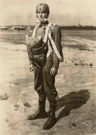 paratrooper-training-post