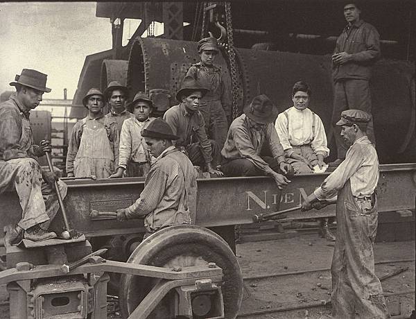 Railroad-workers-Indianilla-1922-Fodo-Casasola-WEB