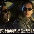 龍五的手上只要有槍,誰都沒有辦法殺他