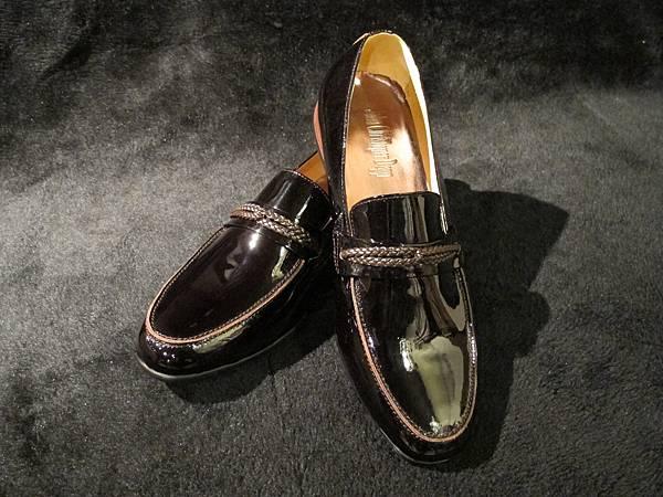亮皮橫飾鞋  $5280