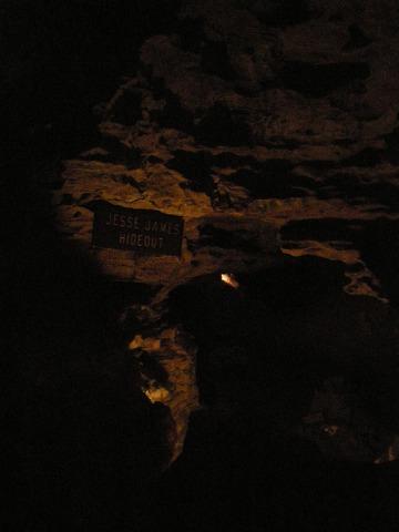馬克吐溫洞穴5.jpg