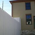 莫名的白牆.jpg