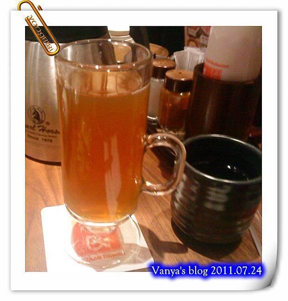 高雄五福大統之居食屋和民-穎點的烏龍茶