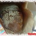 高雄吳寶春麵包-剛出爐的荔枝玫瑰麵包,350元