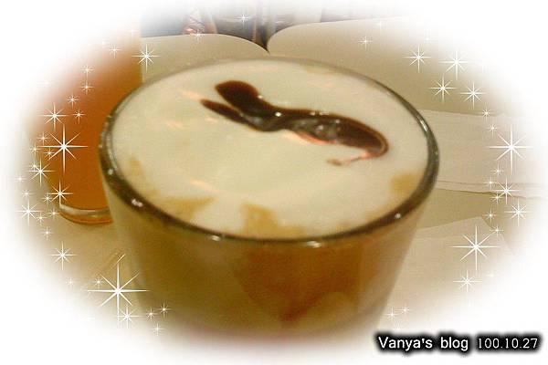 高雄夢時代3F波哥茶館-穎點的咖啡摩卡去冰