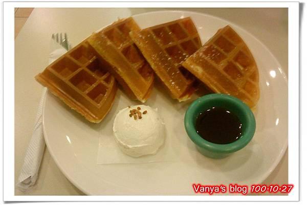 高雄夢時代3F波哥茶館-楓糖奶油鬆餅