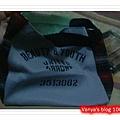 高雄遠百17F誠品書局-Mini 12月份贈品,質感不錯的小提袋,可裝A4文件喲!