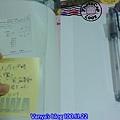 日雜Wanna-贈品手帳前面收納口袋、後方的筆插