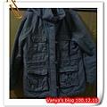 研究所時期於台南FOCUS出清購買的外套500元,M號