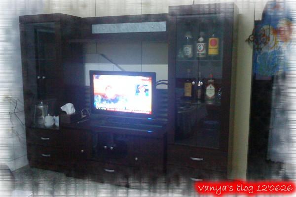 新的電視櫃