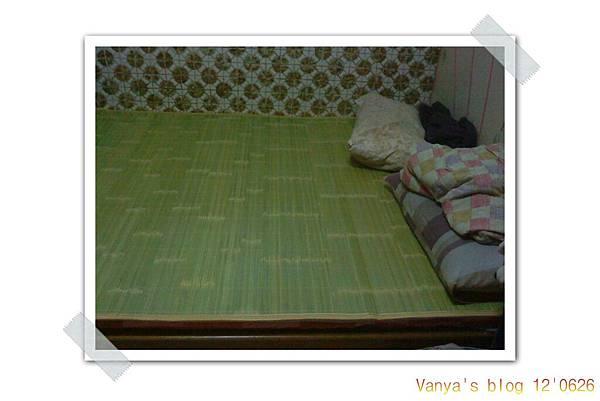 穎與女王妹的房間-新床墊