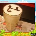 西雅圖咖啡-中杯冰娜蒂諾,毛的~